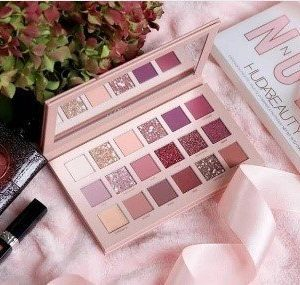 NUDE EYESHADOW 18 COLOURS ULTRA PIGMENTS EYESHADOW PALETTE MASTER DUPED