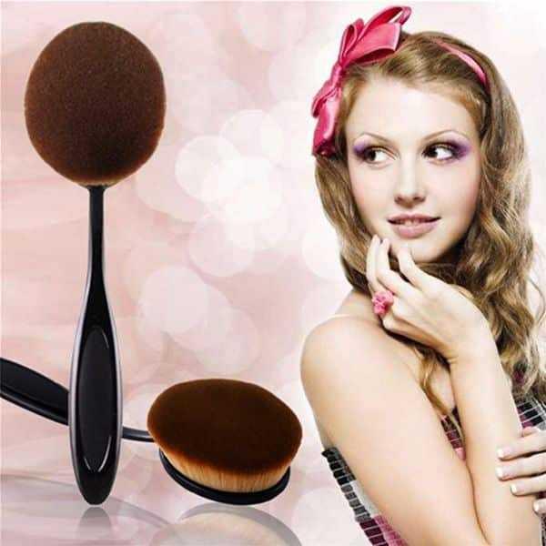Beauty fashion foundation make up brush